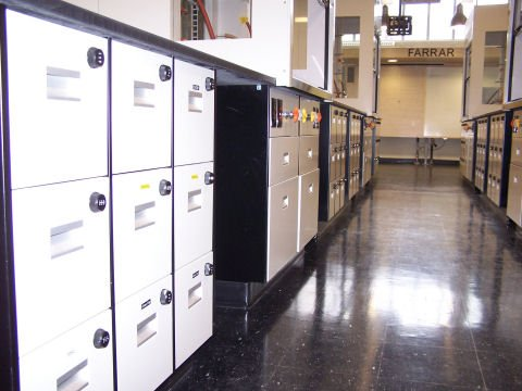 At this University laboratory, students, faculty, and researchers no longer have to worry whether they have their keys on them thanks to the Combi Cam combination lock.