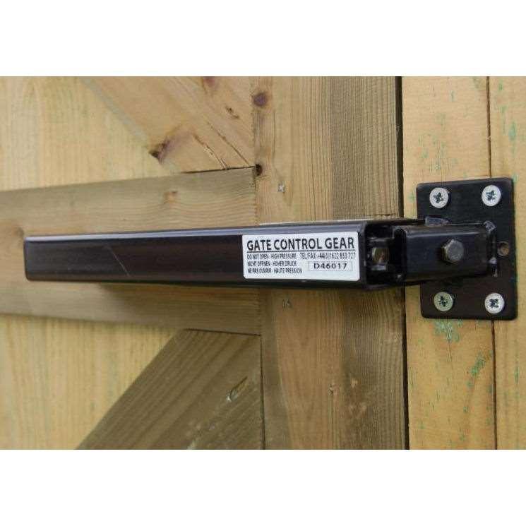 Gate Closer - Lockey TB175 - Black