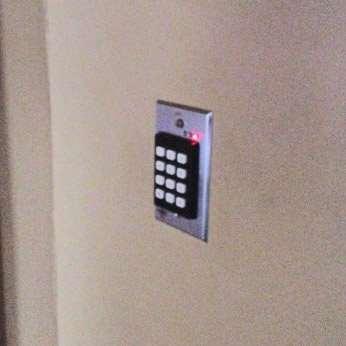 Linear 212i Flush Mount Indoor Keypad Gokeyless