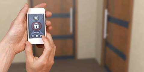 Smart Door Locks – The Key to Your Smart Home is in Your Smartphone