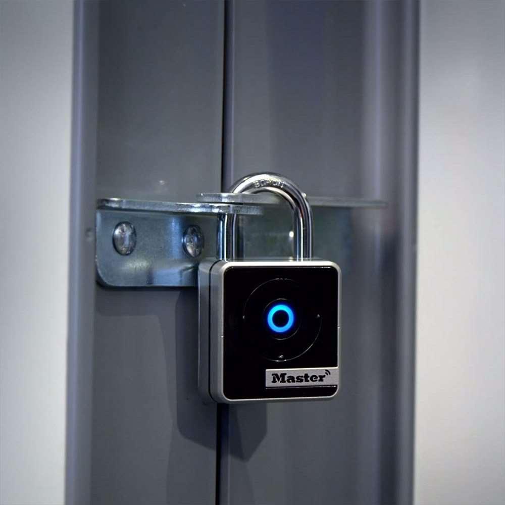 Master Lock 4400d Bluetooth Padlock Gokeyless
