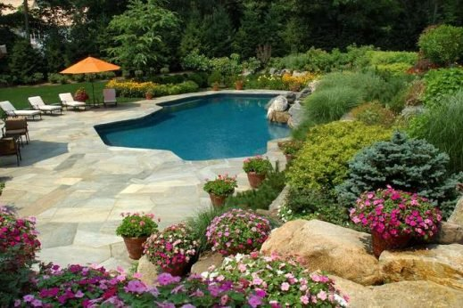 3 Reasons to Consider Keyless Gate Locks for Your Pool